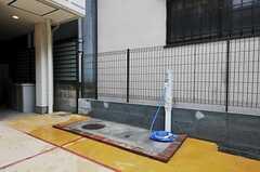 ここでは愛車を洗うことができます。(2010-10-18,共用部,OTHER,1F)