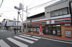 JR京浜東北線・東十条駅からシェアハウスへ向かう道の様子。(2010-11-18,共用部,ENVIRONMENT,1F)
