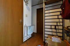 玄関から見た内部の様子2。(2020-06-04,周辺環境,ENTRANCE,1F)