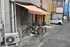 自転車置き場の様子。(2020-06-04,共用部,GARAGE,1F)