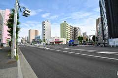 赤羽岩淵駅前の交差点の様子。(2021-06-07,共用部,ENVIRONMENT,1F)