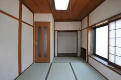 専有部の様子。和室です。(202号室)(2012-07-09,専有部,ROOM,2F)