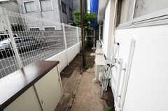 庭でも物干しが出来ます。(2011-05-17,共用部,OTHER,1F)