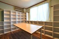 収納棚の様子2。専有部ごとに使えるスペースが決まっています。(2018-01-15,共用部,OTHER,2F)