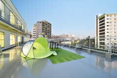 天気の良い日はテントを広げてグランピング気分が味わえるかも。(2018-01-15,共用部,OTHER,2F)