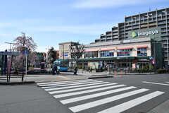 JR・花小金井駅前のスーパーの様子。(2017-04-17,共用部,ENVIRONMENT,1F)