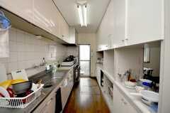 シェアハウスのキッチンの様子。(2009-02-17,共用部,KITCHEN,1F)