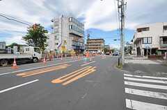 JR武蔵野線・新小平駅前の様子。(2012-06-20,共用部,ENVIRONMENT,1F)