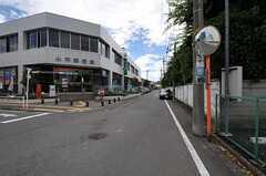 近くには郵便局があります。(2012-06-20,共用部,ENVIRONMENT,1F)