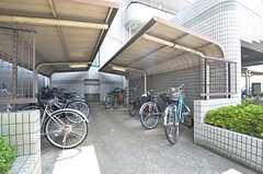 自転車置場の様子。(2015-08-06,共用部,GARAGE,1F)