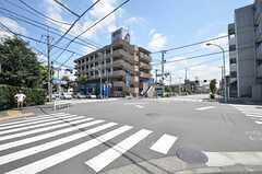 西武新宿線・花小金井駅からシェアハウスへ向かう道の様子。(2015-08-06,共用部,ENVIRONMENT,1F)
