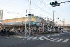 駅前の大型スーパー。(2014-03-05,共用部,ENVIRONMENT,1F)