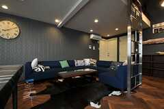 リビングの様子4。(Cafe modern Style)(2013-12-24,共用部,LIVINGROOM,2F)