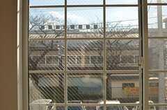 向かいは学校です。(210号室、Innocent Girly Style)(2013-12-24,専有部,ROOM,2F)