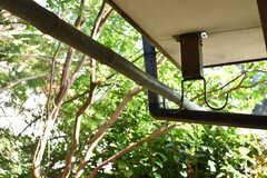 庭には物干し金具が設置されています。(2017-05-29,共用部,OTHER,1F)