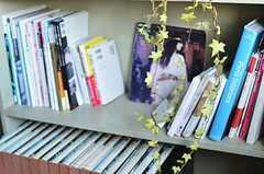 本棚の様子。(2013-09-12,共用部,OTHER,2F)