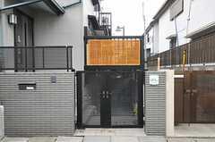 シェアハウスの門扉。(2014-03-07,周辺環境,ENTRANCE,1F)
