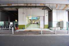 小田急線・和泉多摩川駅の様子。(2016-12-12,共用部,ENVIRONMENT,1F)