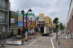 小田急小田原線・狛江駅前の様子。(2013-11-26,共用部,ENVIRONMENT,1F)