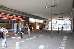 小田急小田原線・狛江駅の様子。(2013-11-26,共用部,ENVIRONMENT,1F)