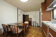 シェアハウスのリビングの様子3。(2011-04-28,共用部,LIVINGROOM,1F)