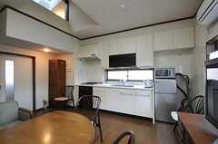 シェアハウスのキッチンの様子。(2011-04-28,共用部,KITCHEN,2F)