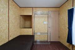 専有部の様子3。階段裏の収納が使えます。(204号室)(2017-05-31,専有部,ROOM,2F)