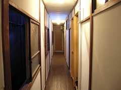 廊下の様子。(2005-09-10,共用部,OTHER,1F)