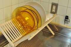洗ったお皿はこちらへ。(2009-12-22,共用部,OTHER,2F)