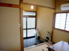 シェアハウスの正面玄関内部の様子3。(2007-08-01,周辺環境,ENTRANCE,1F)