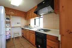 キッチンの様子。(2012-08-01,共用部,KITCHEN,5F)