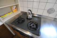 ガスコンロは3口です。(2013-03-15,共用部,KITCHEN,3F)