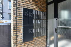 部屋ごとの郵便受けと宅配ボックスが設置されています。(2020-08-05,周辺環境,ENTRANCE,1F)