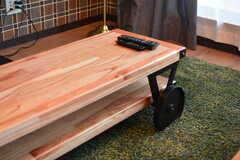 ソファテーブルは車輪付き。(2020-08-05,共用部,LIVINGROOM,1F)