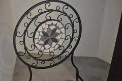 各部屋異なった椅子が置かれています。(302号室)(2012-09-05,専有部,ROOM,3F)