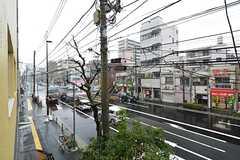 建物は清洲橋通りに面しています。(203号室)(2016-03-14,専有部,ROOM,2F)