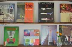 インテリア関係の本がディスプレイされています。(2013-07-05,共用部,OTHER,4F)