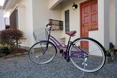 共用の自転車が1台あります。(2011-01-20,共用部,OTHER,1F)