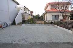 駐車場もあります。(2011-01-20,共用部,GARAGE,1F)