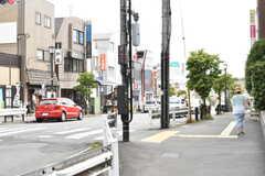 小田急線・玉川学園前駅周辺の様子。(2017-06-01,共用部,ENVIRONMENT,1F)