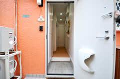 正面玄関から見た内部の様子。(2010-04-09,周辺環境,ENTRANCE,1F)