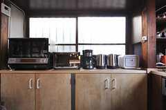 キッチン家電はスタイリッシュなフォルムが多いです。(2013-03-08,共用部,KITCHEN,1F)