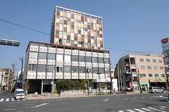 カフェや雑貨屋の入るホテル、クラスカまで徒歩3分程度。(2013-03-08,共用部,ENVIRONMENT,1F)
