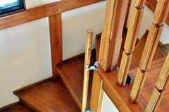 階段の手摺りの様子。(2011-02-01,共用部,OTHER,2F)