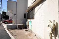 自転車置場の様子。(2011-02-01,共用部,GARAGE,2F)