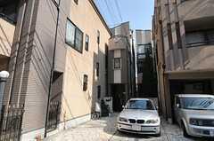 シェアハウスの外観。3Fにはオーナーさんが住んでいます。(2014-02-25,共用部,OUTLOOK,1F)