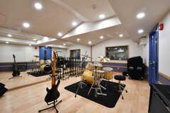 レコーディングスタジオの様子。1番広く、利用は有料です。(2017-10-16,共用部,OTHER,-1F)