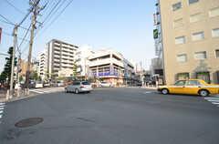 東急東横線・都立大学駅前の交差点。(2015-05-29,共用部,ENVIRONMENT,1F)