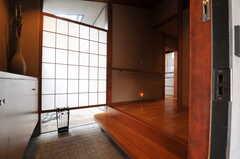 正面玄関から見た内部の様子。(2014-02-06,周辺環境,ENTRANCE,1F)