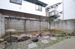 庭の様子。102号室専用です。(102号室)(2014-02-06,専有部,ROOM,1F)